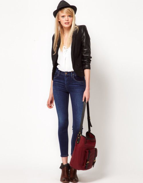 Goldsign Virtual Skinny High Waisted Jeans In ZagireMore photos & another fashion brands: bit.ly/JgPEqc