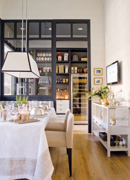 petitbizou:  myidealhome:  hautefavesdeux: how civilized  Dream dining/kitchen space.. oh my!