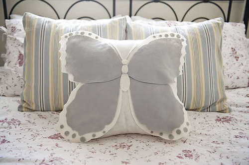 DIY Butterfly Pillow by on Fab Yo Bliss on Instructables
