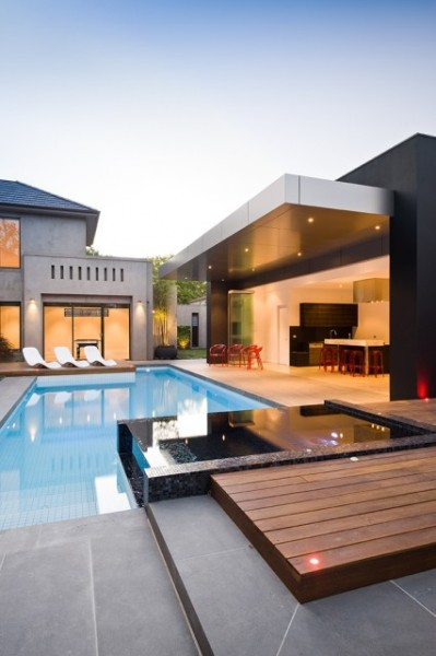Contemporary Pool (via thefancy) TWITTER | FACEBOOK | BLOGLOVIN | ASK | PINTEREST