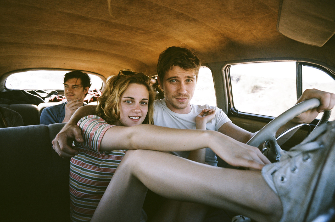 GARRETT HEDLUND AND KIRSTEN STEWART IN JACK KEROUAC'S 'ON THE ROAD'