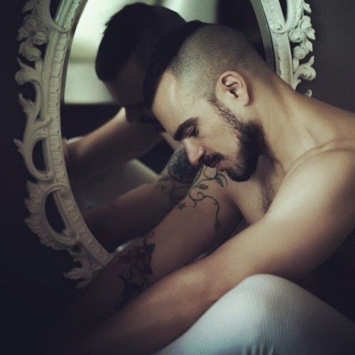 I WANT THIS HAIR CUT/FACIAL HAIR COMBO!