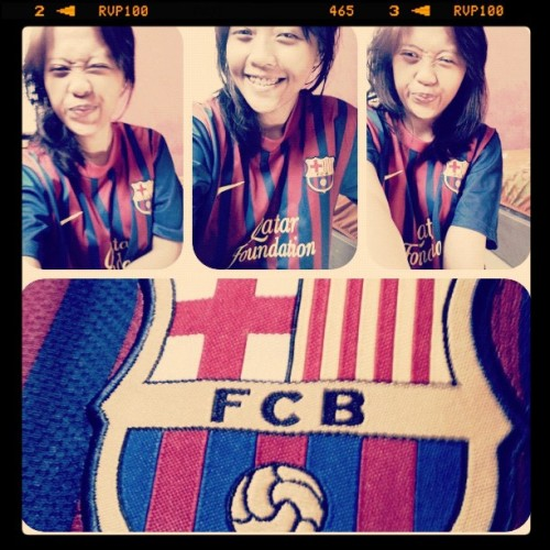 #instadaily #instagram #iphonesia #barcelona #football #jersey see @febrianwaves , i have this one too :D (Taken with Instagram)