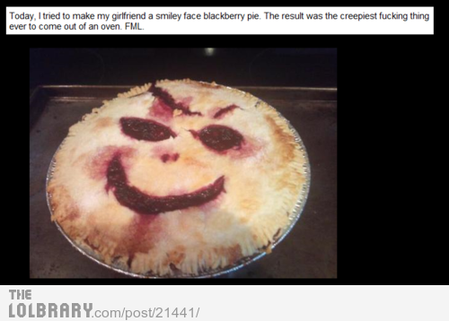 uraffuroose:  Smiley Face Pie WTF!Follow this blog for the best new funny pictures every day