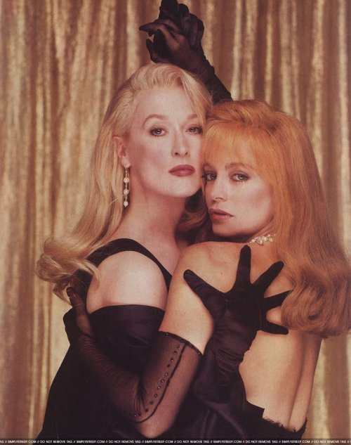 geeuh:  Meryl Streep and Goldie Hawn by Firooz Zahedi for Premiere, September 1992