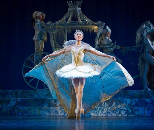 yoiness:  thedailyballet:  Maiko Nishino as Cinderella. Photo (c) Jörg Wiesner/Den Norske Opera Og Ballett.  #Jörg Wiesner #Maiko Nishino #Cinderella #ballet  OMFG SHE LOOKS GORGEOUS! WHY HAVE I NEVER HEARD OF THIS DANCER?!