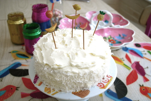 Coconut cream tropical cake