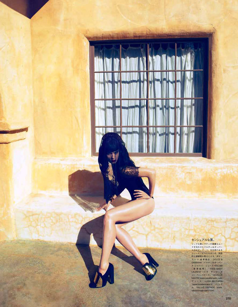 (via Crystal Renn by Camilla Akrans for Vogue Japan June 2012)