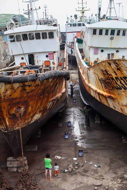 ship repairing yard on Flickr.
