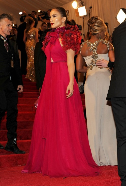 Jennifer Lopez, Met Ball 2011