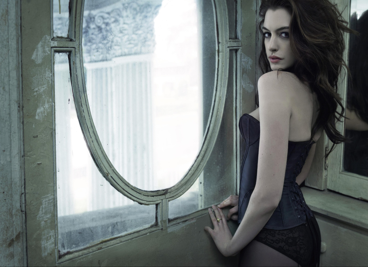 Anne Hathaway - GQ UK by Mark Seliger, March 2010