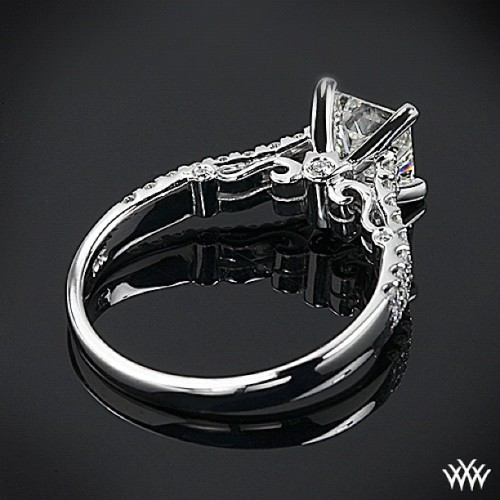 Verragio + Whiteflash = love at first site  We have truly fallen in love with this Verragio Dual Row Shared-Prong Diamond Engagement Ring set with a brilliant 1.031 ct H VS1 A CUT ABOVE® Princess Diamond (Taken with Instagram)