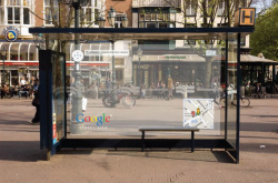 fishandgeeks:  Awsome Ambient Placement for google that advices its street viewer  Brilliant piece of outdoor advertising from Google. Outdoor has to be my favourite medium for advertising!