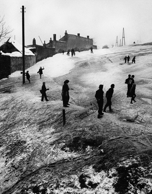 Premysel Koblic, Toboggan Run, ca. 1930s Thanks to wonderfulambiguity and mondonoir