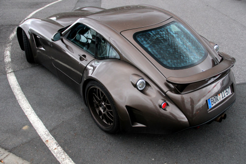 automotivated:  hot brownie (by Fabian Räker | photography)