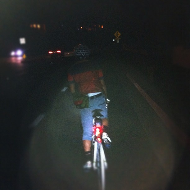 Enjoying some latenight climage! #bicycle #cyclelove #bikeporn #igerscycling #cycling #bike #fixedgear #fixie #felt #palosverdes #california #beautiful #night #hills #street (Taken with Instagram)