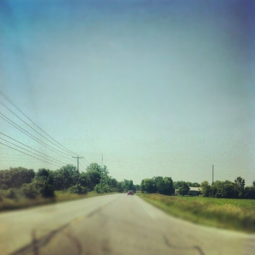 Open roads. @therainsmelody #lux #driving #ohio #roadtrip #pretty #sky #blur #photooftheday #igdaily #android #picoftheday #bestoftheday #instagood #blue #scenic #country (Taken with Instagram)