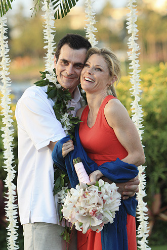 The Best Vacation Episodes Check out Modern Family's Hawaiian wedding and more of TV's most memorable vacation adventures