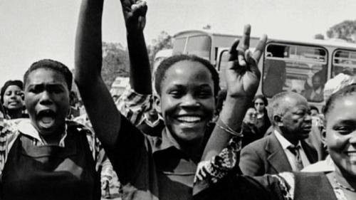 "pbsthisdayinhistory:  June 16, 1976: The Soweto UprisingOn this day in 1976, what began as a non-violent demonstration by students in Soweto, South Africa, quickly escalated into a violent uprising, now known as the Soweto Uprising.Watch a clip from Independent Lens' ""Have You Heard from Johannesburg"" depicting the scene in Soweto on that day."