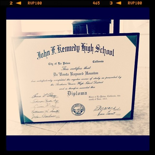 I'm proud of me #Diploma #Graduate   (Taken with Instagram)