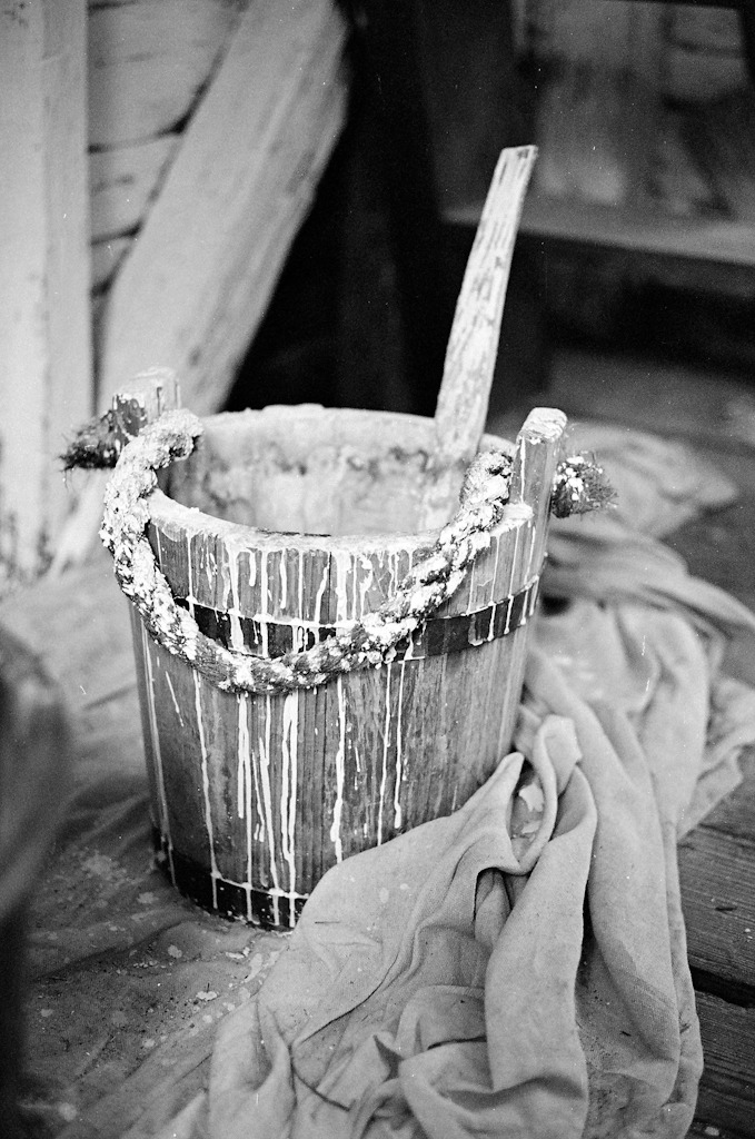 Whitewash bucket. May 2012 - Colonial Williamsburg, VA. LEICA M6 TTL / SUMMICRON-M 50mm f/2.0 (TYPE IV) / ILFORD 400
