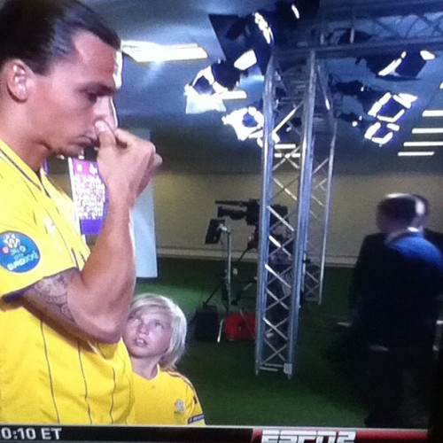 Little kid looking at #ibrahimovic while he picks his #nose #lol #soccer #futbol #uefa #euro #espn #sweden #england  (Taken with Instagram)