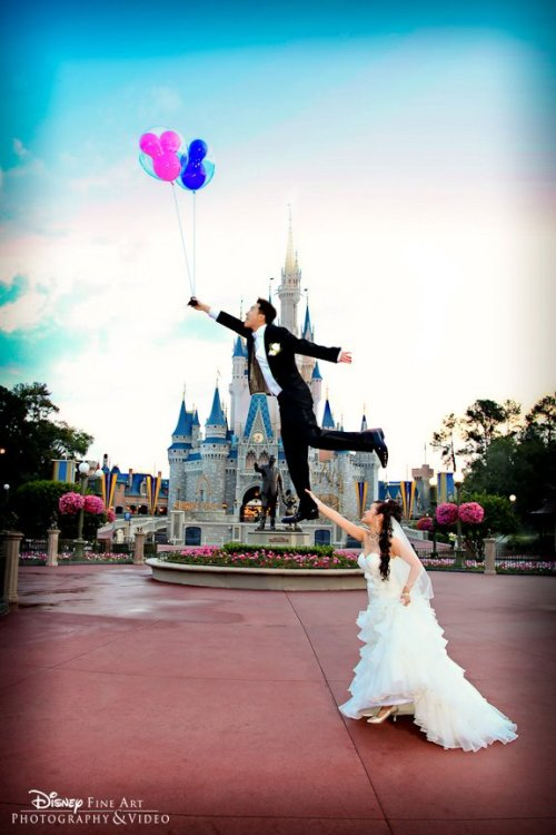 aavu:  definitely going to be my wedding photo one day<3