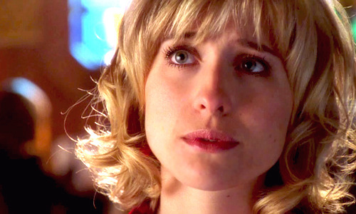 1/100 photos of Chloe Sullivan