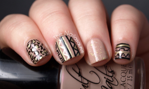 thenailasaurus:  The Nailasaurus: Sandy SkittleClick here to see more  So prettayyyy. I love the colours!