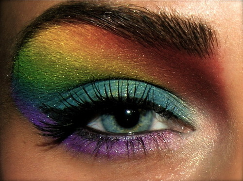 createthislookforless:  Rainbow Shadows  So cute!