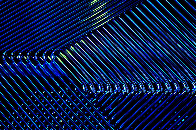 Blue chairstract by NRG Photos on Flickr.A través de Flickr: Just some metal chairs stacked on top of each other. Seen in the St. Vitus cathedral in Prague. Best on black.