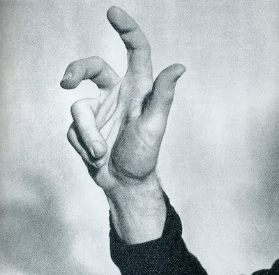 """Theft"" from Speak Italian: The Fine Art of the Gesture by Bruno Munari (1963)        Images of Reality by Bruno Murani (1977)  STOPPING OFF PLACE : Boxed edition of ""40 cards with photographic images to learn about the different ways of representing objects"" plus 12 blank white cards to draw on. 3 different games can be played with the cards: The words and images game, The misleading images game, and The classification game. Intended for ages 3-6. Munari produced a second game in this Symbolism series called Say It By Signs, which uses the same photos with several additional variations, intended for ages 6-10."