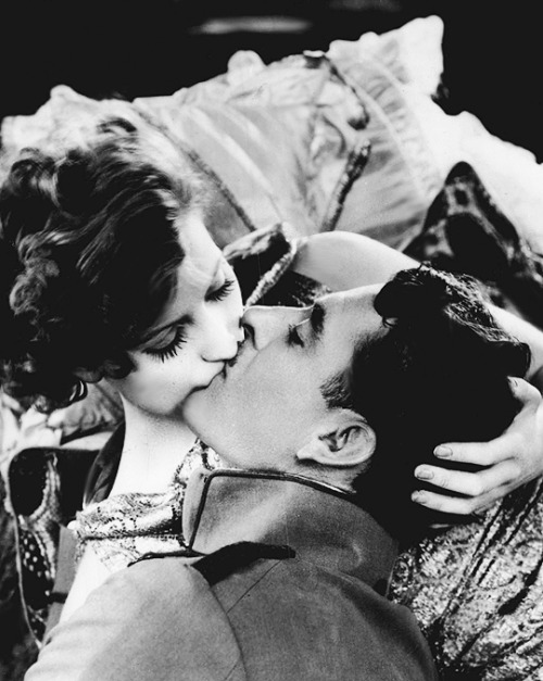 theloudestvoice:  Greta Garbo and John Gilbert, Flesh and the Devil, 1926
