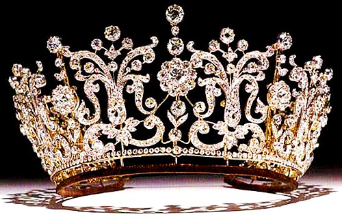 The Poltimore Tiara, made for Florence, Lady Poltimore in the 1870's and was purchased for Princess Margaret for her wedding to Antony Armstrong-Jones in 1960. It is a convertible piece of jewellery that can be broken down into a necklace and eleven brooches, as Margaret often did especially prior to her wedding. The tiara met a rather horrid fate (seen with a royalists eyes) when, after Princess Margaret's death in 2002, it was set on a Christie's auction in 2006 being sold for £926,400.