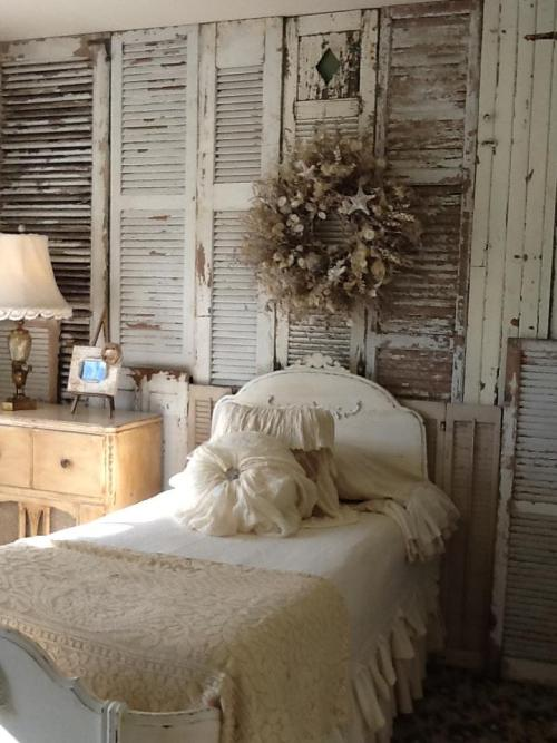 caledonhills:  shutters as wall coverings