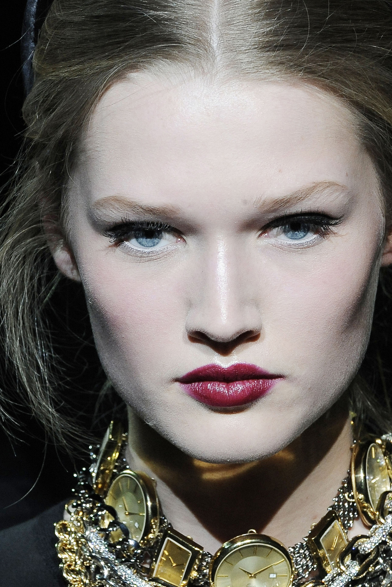 modfels:  Toni Garrn at Dolce & Gabbana Fall 2009