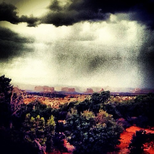 #picoftheday #bestoftheday #rain #southernutah #utah (Taken with Instagram)