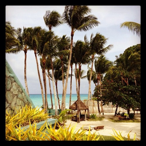 Finally the sun came out. #beach #boracay  (Taken with Instagram)