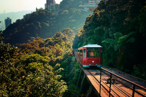 Peak Tram (Hong Kong) (by Emma Fok)