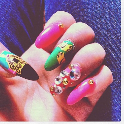 melodysblog:  @randymink remixes #melodyehsani I don't play nice #nailwraps with crystals! M.E. likey (Taken with Instagram)