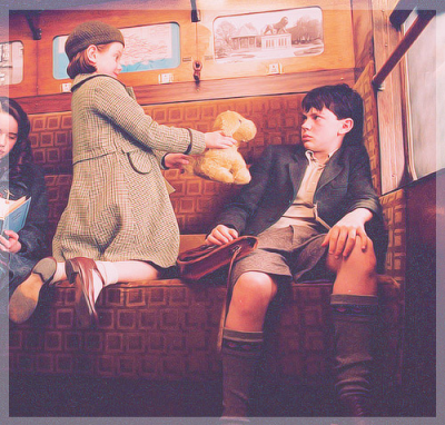 skandarconfessions:  Awww, Edmund shrinking away from his little sister's teddy!