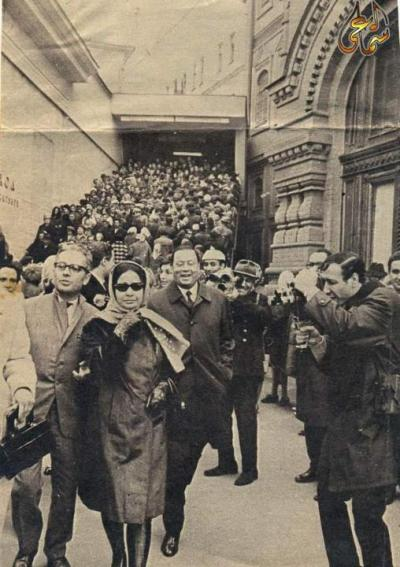 ambientclouds:  Um Kalthoum in Paris  Oh my goodness.