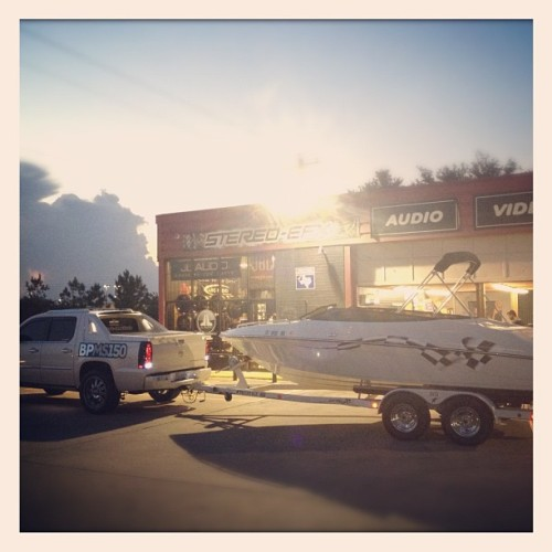 #iMotionFloatin #boat #crownline #cadillac #escalade #truck #ext  (Taken with Instagram)