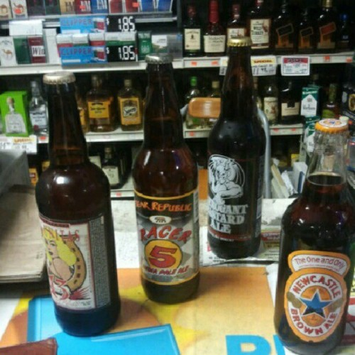 #beer pickin up a few goodies with @damexirican  (Taken with Instagram at Union Liquor)