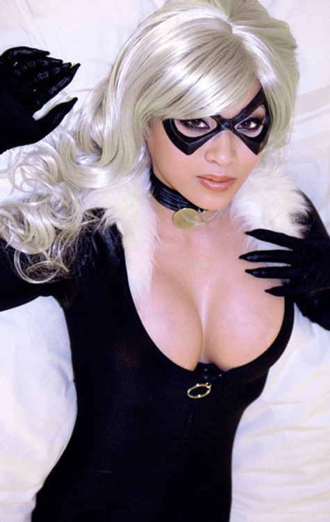 superladyfetish:  Black Cat