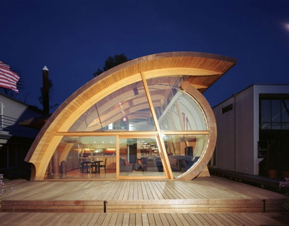Floating/Fennel House designed by Harvey Oshatz, 2004