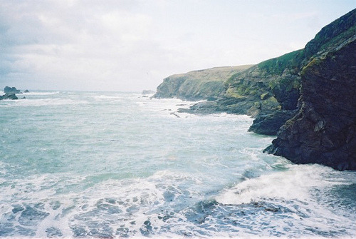 fkinclaimedurls:  Lizard Cornwall by b4be on Flickr.