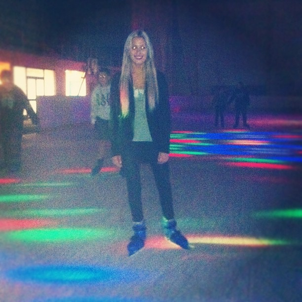@glengustard took me skating on my last night on the coast :) BEST!!! It felt great to be back on skates 😍 (Taken with Instagram)