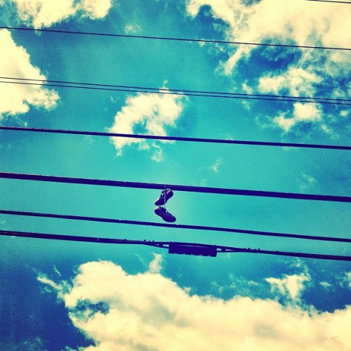 theswallowedweltschmerz:  #maui #kicks #lines #hawaii #simplicity No need shoes in Hawaii. (Taken with Instagram)
