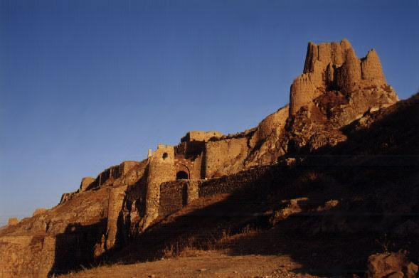 ilovekurdistan:  The Kurdish Castle of Wan